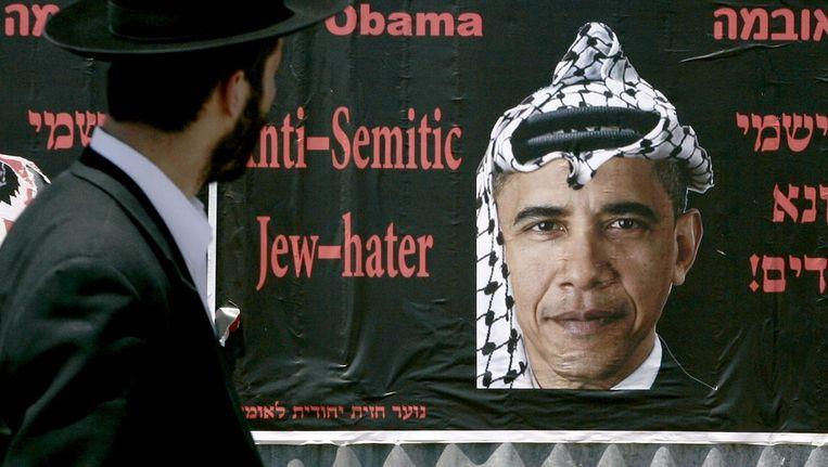 Posters die Obama in 2009 als Jodenhater en Palestijnenvriend afschilderden. Beeld anp