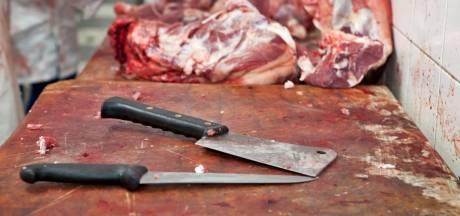NVWA beboet slachthuizen om grove fouten bij slacht