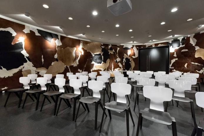 Het auditorium van het Stedelijk Museum naar ontwerp van de Campana Brothers uit Brazilië.