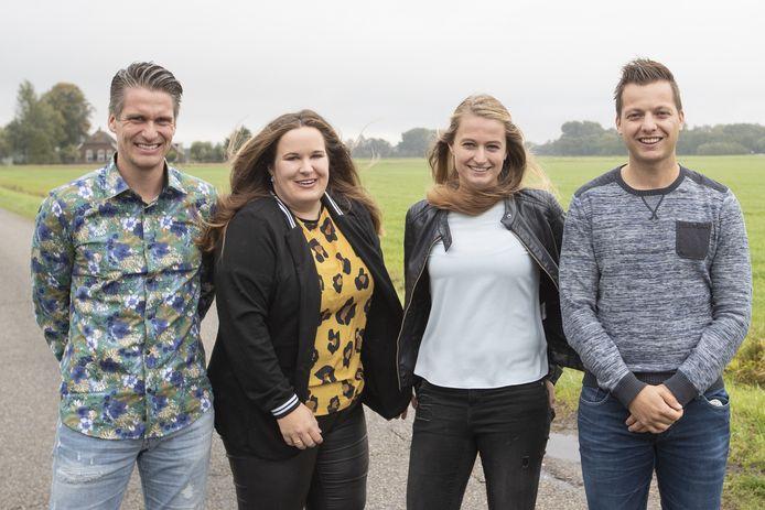 Ambulante hulpverleners van JIJ. Van linksaf: Frank de Vries, Nienke Schoolkate, Sharon Wieldraayer  en Doné Emaus.