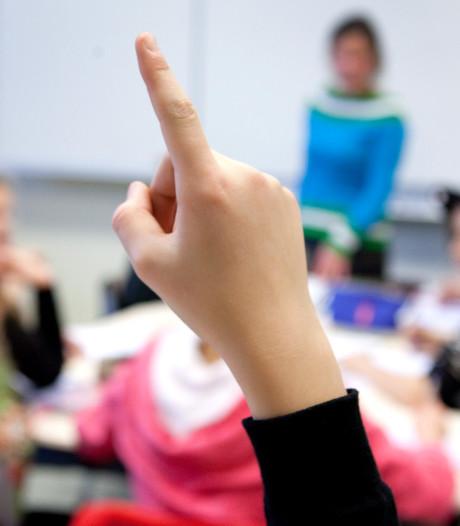 Lesgeven naast je baan? Waarom je het (niet) zou moeten doen