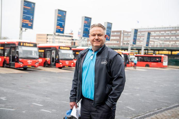 Buschauffeur Mark Burink van Syntus.