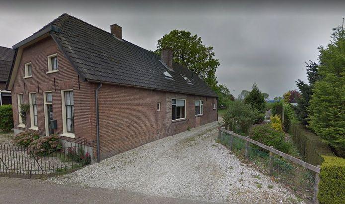 De Brinkstraat 7 te Lienden waar in totaal acht appartementen van zorgboerderij Hoog-Broek moeten komen.