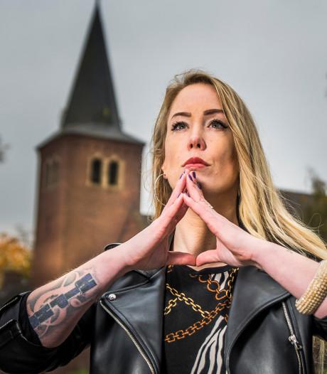 Rapper Queen P. uit Enschede heeft nieuwe plaat: 'Ik wil mensen in de hele wereld raken'