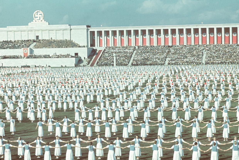 Leden van de Bund Deutscher Mädel op de Reichsparteitag van 1938.
