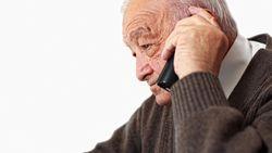 Computer speurt naar eenzame bejaarden