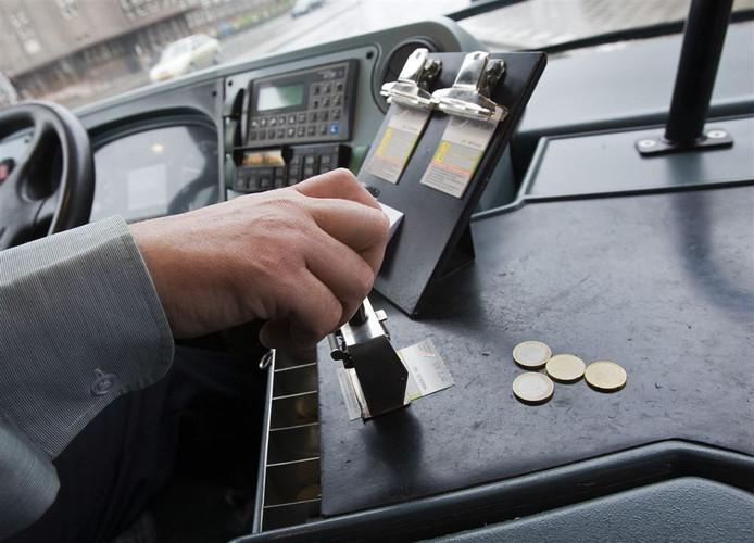Contant betalen in de bus