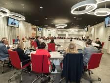 Raadszaal wordt stille studieplek voor student