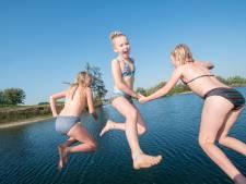 Zwemmersjeuk in recreatieplas Watergoed en strandpark Slijk-Ewijk in Valburg