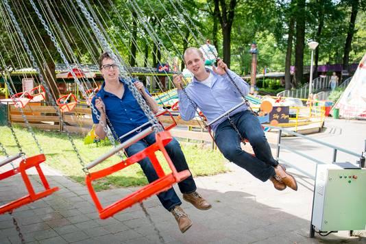 De directeur van pretpark De Waarbeek is nu ook de jongste burgemeester van Nederland.