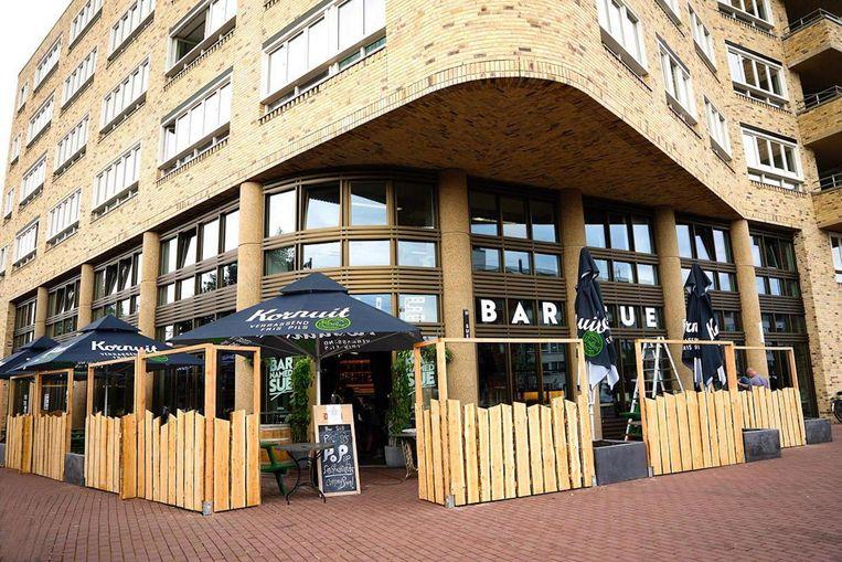 Eind oktober sluit Bar Sue de deuren om in een maand omgetoverd te worden in TonTon Club Oost Beeld Bar Sue