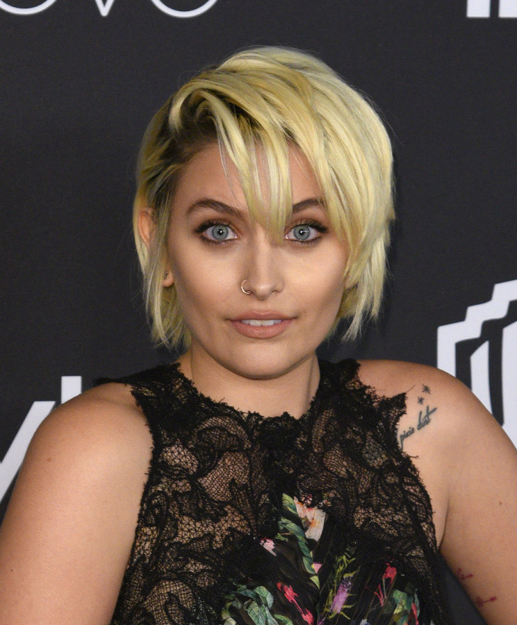Paris Jackson Leaves Dior Fashion Show Over Concern About ...