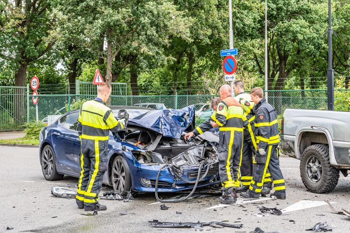Schade bij botsing Tilburg