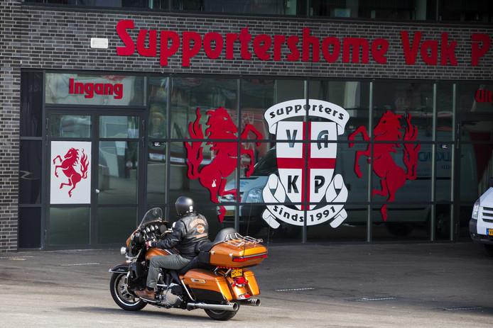 Het supportershome van Vak-P bij het Grolsch Stadion.
