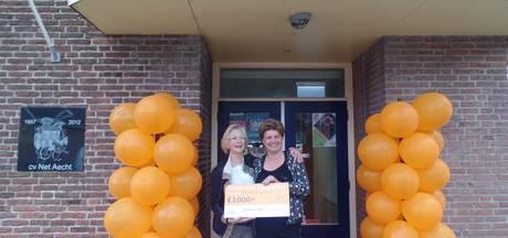 Feest in Dorpshuis De Slenk dankzij Oranjefonds