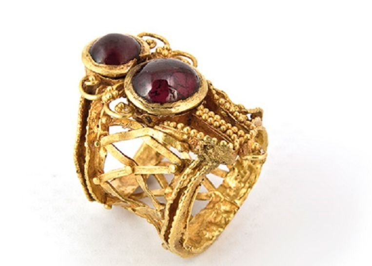 Krim goud in het Allard Pierson Museum. Beeld Allard Pierson