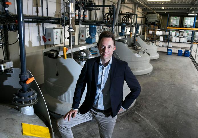 Rogier van Sambeek in de productieruimte van Kanters Special Products in Lieshout.