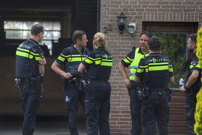 In Nistelrode wemelde het donderdag van de politieagenten.