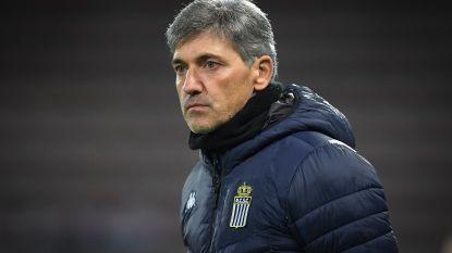 Charleroi-fans keren zich tegen ploeg en Mazzu, die niet gelukkig is met gang van zaken