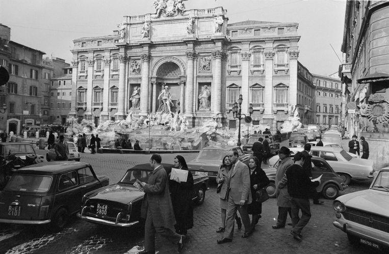 De Trevi fontein in Rome, 1970. Beeld Getty