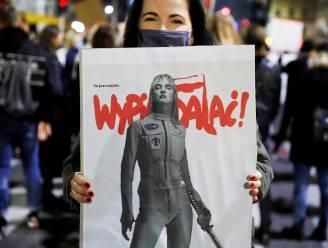 Betoging voor Poolse ambassade tegen verder inperken van abortus