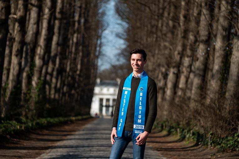 62a1e7a524b1cf Jochem Smits (18) behaalde met zijn GSA-project de finale van Mister Gay