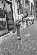 Marco van Basten verlaat ziekenhuis op krukken