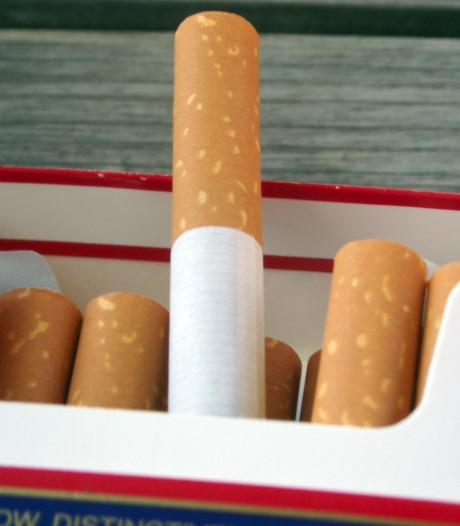 Diefstal van zeven sloffen sigaretten in Wouwse Tol: bijna een jaar cel