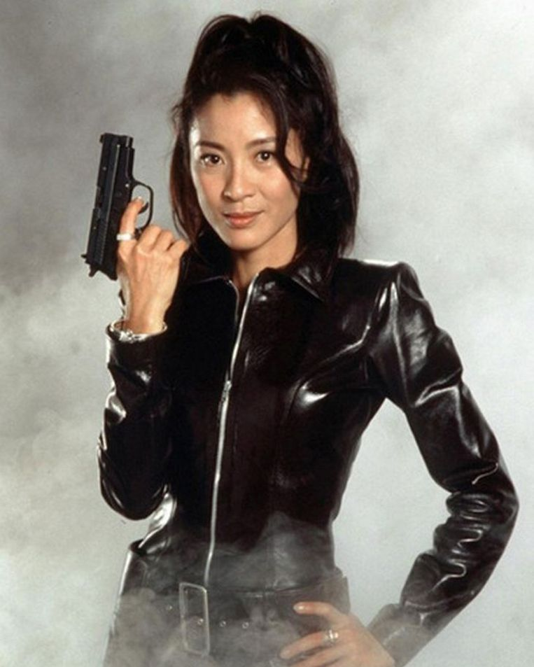 Michelle Yeoh als Wai Lin in Tomorrow never Dies (1997) Beeld