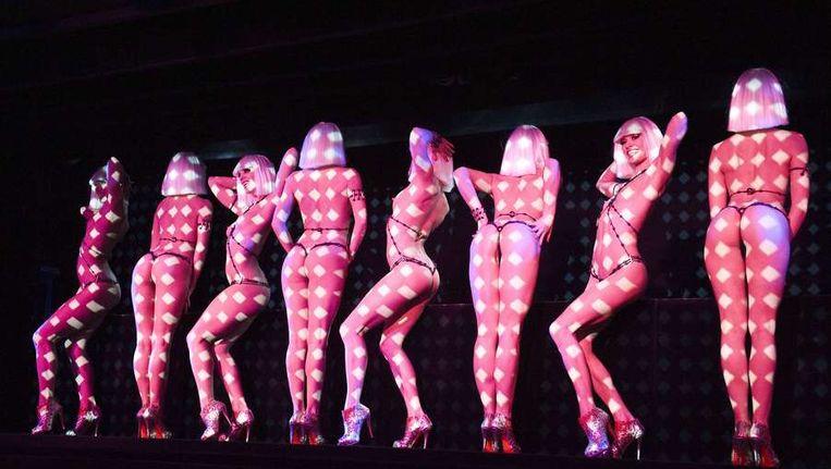 Danseressen in de Crazy Horse in Parijs. Beeld ANP