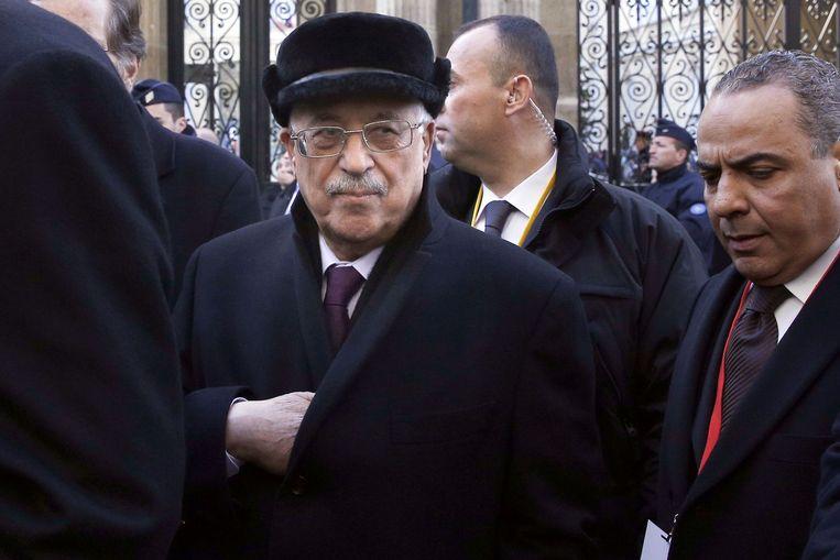 De Palestijnse president Mahmoud Abbas (L). Beeld null
