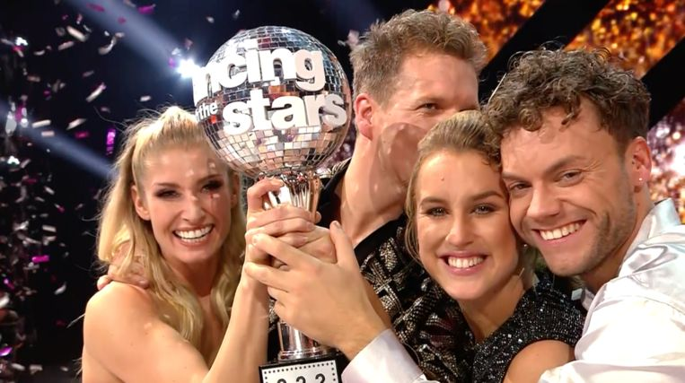 James Cooke en Kat Kerkhofs met hun danspartners in 'Dancing with the Stars'.