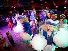 Jeugd voert de polonaise aan in Meekrapdurp: 'Ze leren die grote mensen hoe ze moeten carnavallen'
