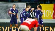 VIDEO. Wat een einde! Anderlecht dankzij Sanneh in extra tijd voorbij Standard, beauty Santini luidde ommekeer in