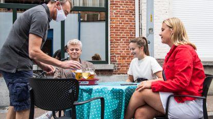 """Zelenaars vinden weg naar terrasjes in de Kloosterstraat: """"Mooi alternatief voor geannuleerde citytrip naar Madrid"""""""