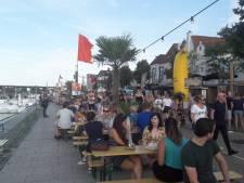 Hapje eten langs de Waal is in trek: drukte bij de SMKMRKT