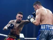 Nieky Holzken bokst in Duitsland tegen Bernard Donfack