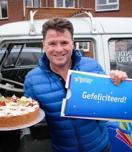 Tineke (64) uit Marknesse wint kwart miljoen euro bij loterij