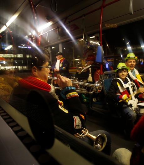 Bus rijdt extra nachtritten tijdens carnaval in steden Brabant
