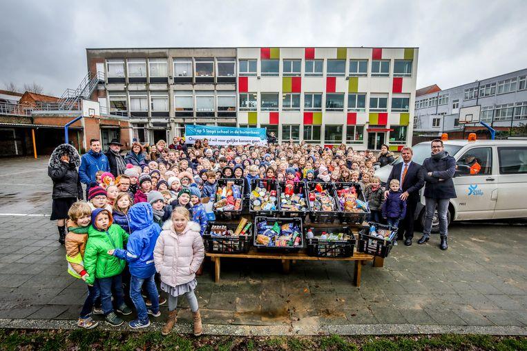 De leerlingen van basisschool Sint-Pieter zamelden de voorbije weken diverse etenswaren in.