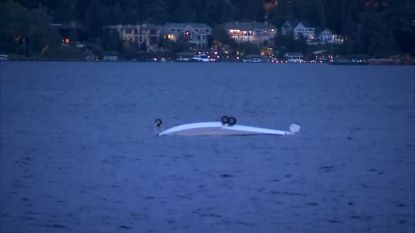 Watervliegtuig crasht 200 meter voor de kust en zinkt in Lake Washington