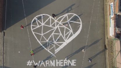 #SAMENTEGENCORONA. Drone filmt warme boodschappen van inwoners Herne