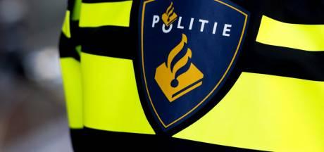 90-jarige vrouw op klaarlichte dag beroofd in Barneveld, politie laat beelden verdachte zien