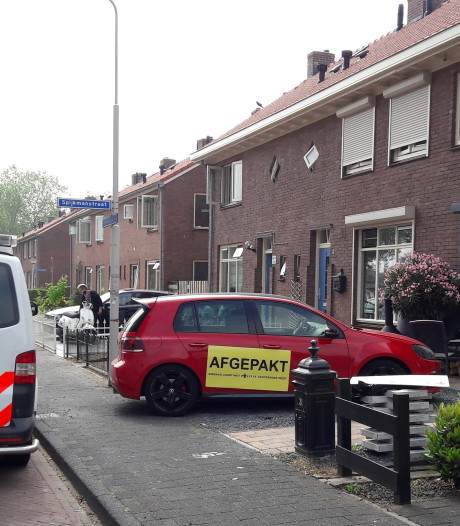 Auto en horloges afgepakt bij oprollen wietkwekerij in Doetinchemse volkswijk