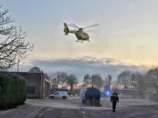 Man die zwaargewond onder stalen container lag bij bedrijf in Brabant na drie uur bevrijd