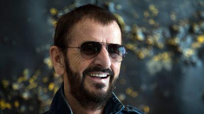 """Ringo Starr (80) voelt zich nog altijd 24 jaar: """"Maar ik kan me de jaren '60 niet meer herinneren"""""""