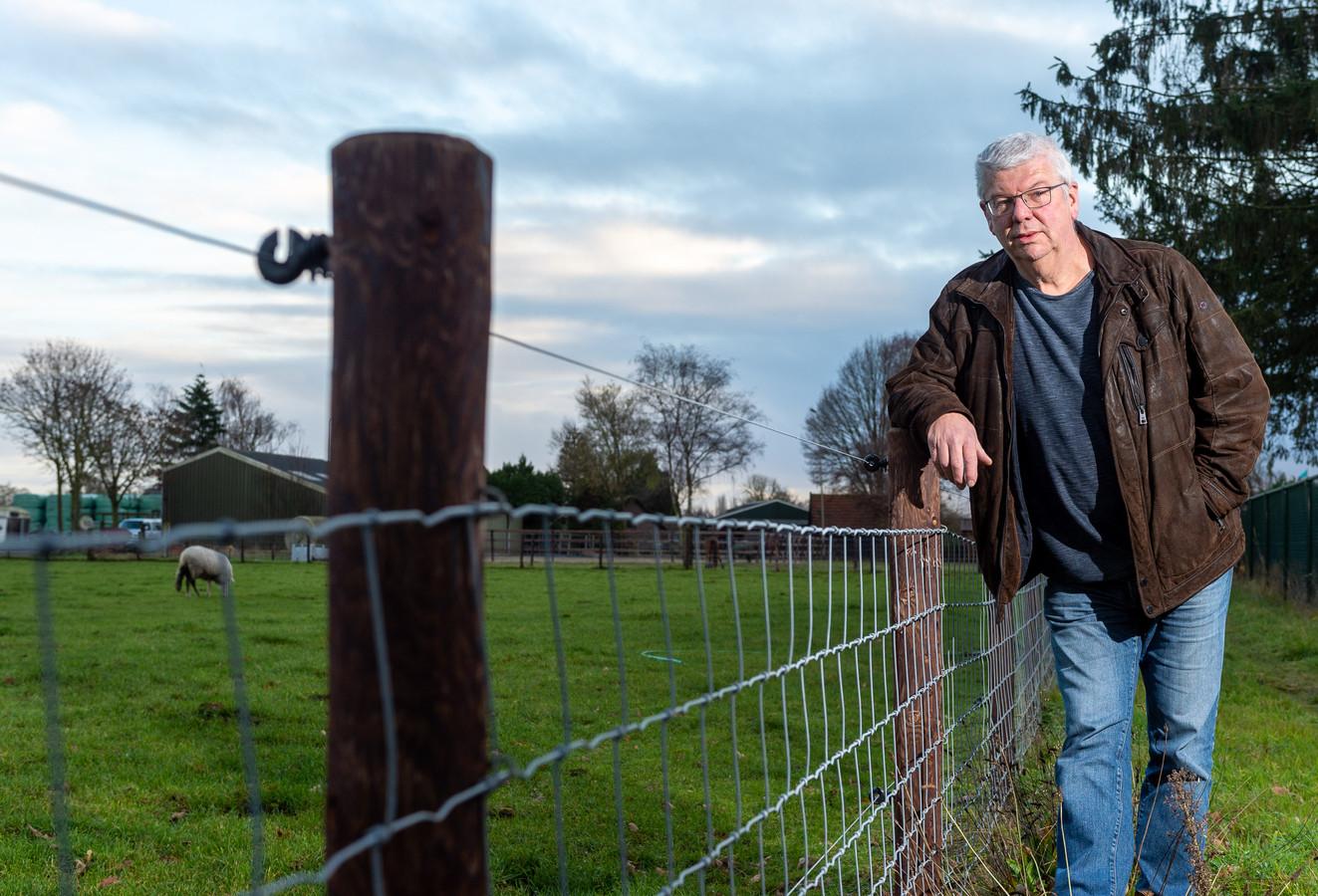 Evert de Jonge heeft een boek geschreven over de geschiedenis van de wolf op de Veluwe. Dat verschijnt in maart.