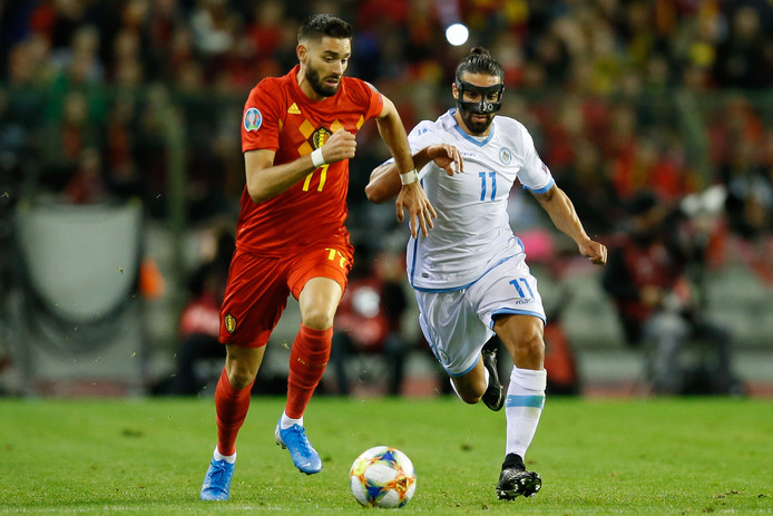 Yannick Carrasco in duel met Manuel Battistini.