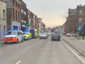 Voetgangster aangereden door lijnbus in Nekkerspoelstraat