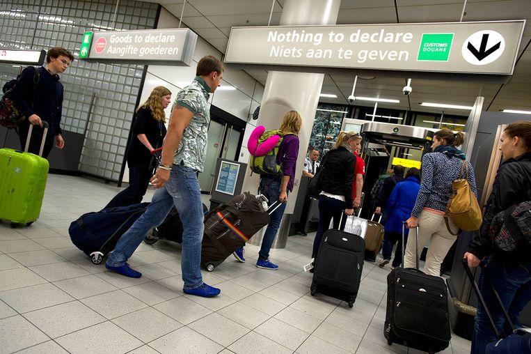 Douane op Schiphol Beeld null